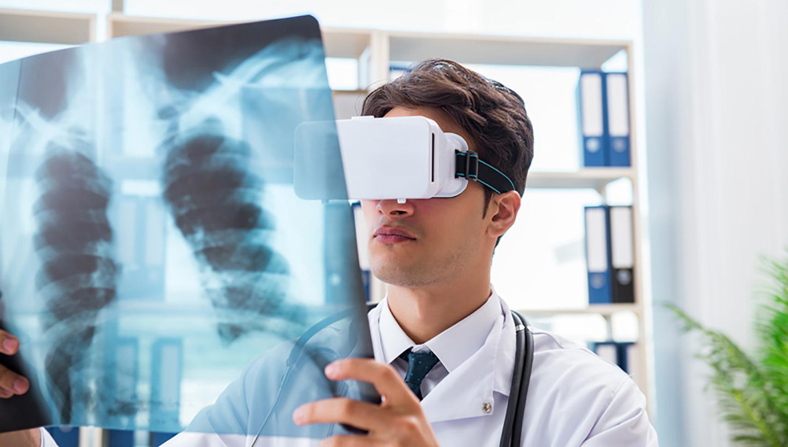 В Петербурге обсудят подготовку «врачей будущего»