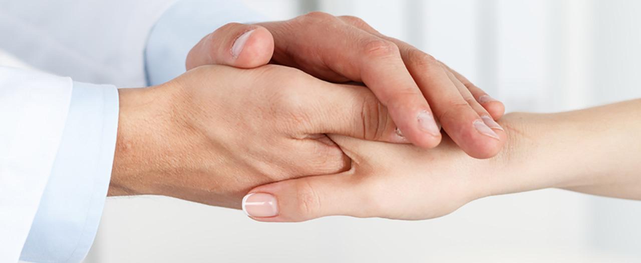Томские хирурги пересадили пациенту палец с ноги на руку