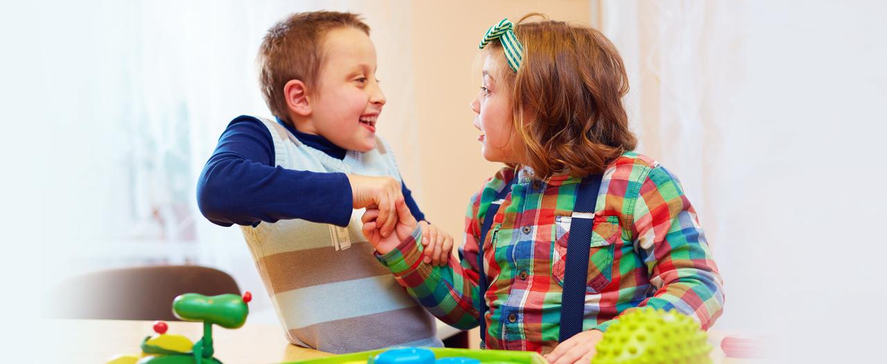 «При аутизме улучшать коммуникацию следует деликатно»