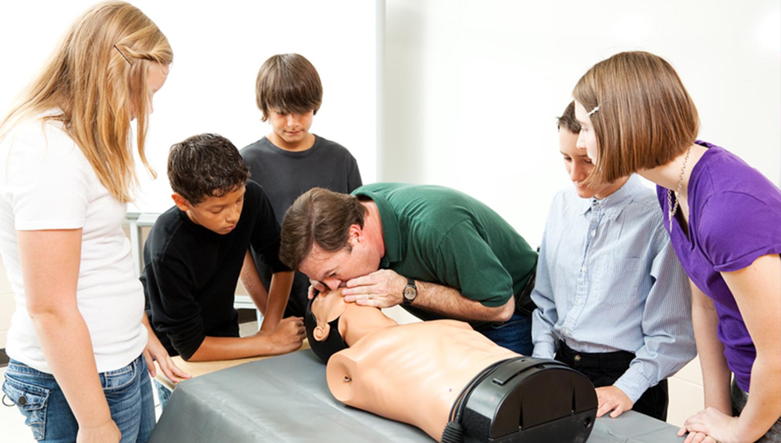 Минздрав унифицирует курс по оказанию первой помощи