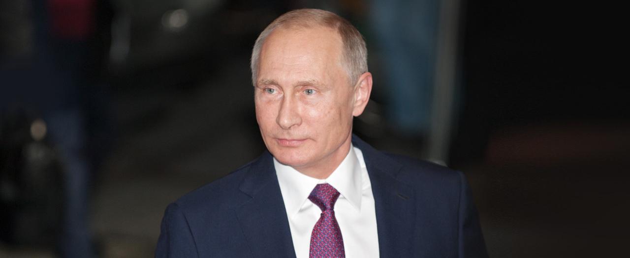 Путин познакомился с роботами-симуляторами