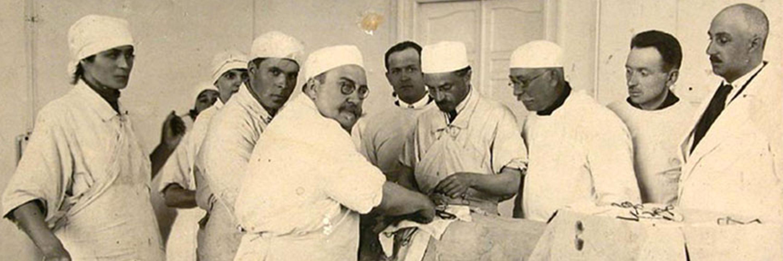 Как мальчик из дагестанского села стал гениальным хирургом