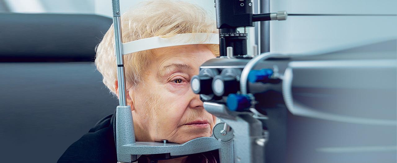 Ветеран ВОВ увидела лица родных после 10 лет слепоты