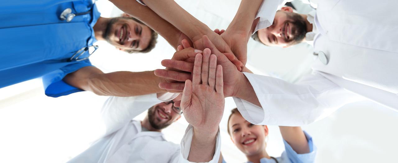 Медики-волонтеры обзаведутся электронными книжками