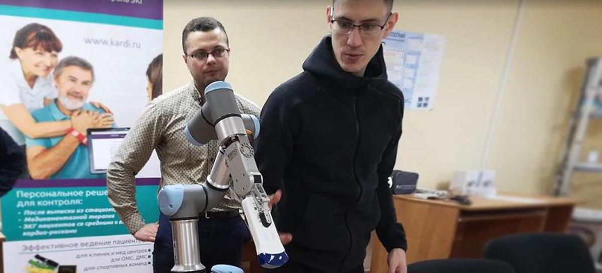В Сеченовском университете испытали робота в проведении УЗИ