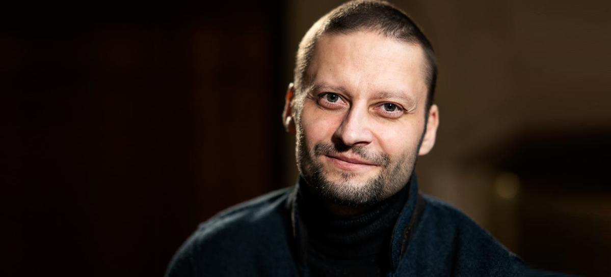 Онколог Андрей Павленко стал лидером народного голосования премии «Headliner года»
