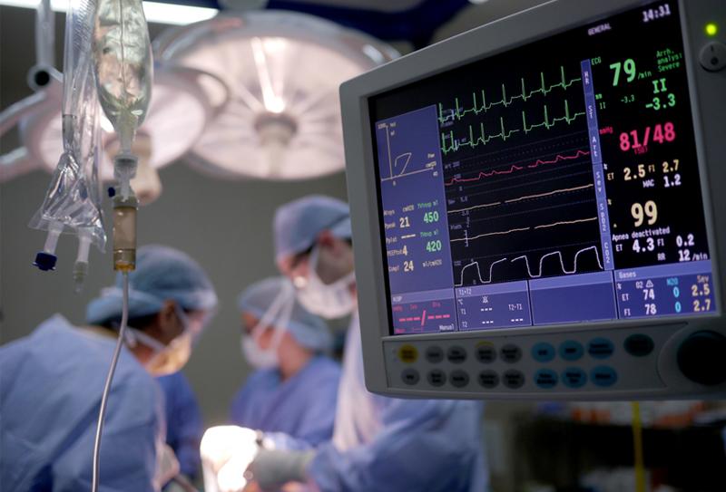 Пензенские кардиохирурги установили не имеющий аналогов сердечный клапан