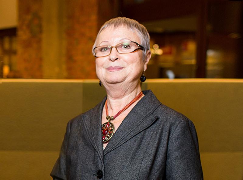 Директор по науке Фонда «Общественное мнение» Елена Петренко – о моде на заботу о здоровье