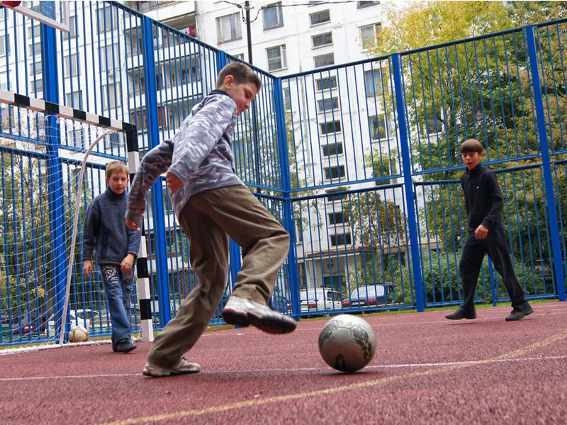 Оздоровительный досуг: в России пройдет фестиваль дворового футбола