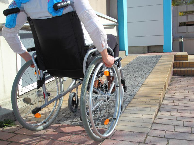 Сроки обеспечения инвалидов техническими средствами реабилитации сократили