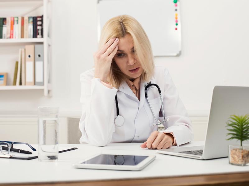 У российской медицины – женское лицо и возраст от 31 до 60 лет