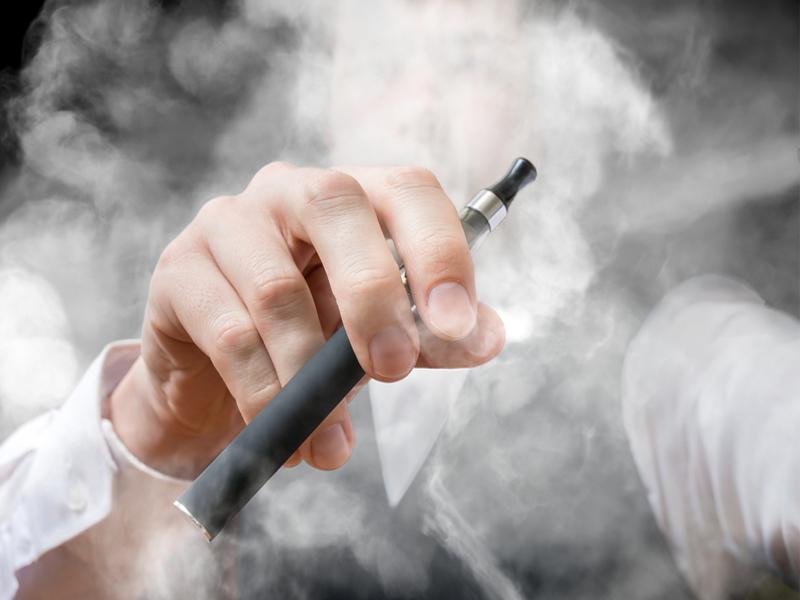 Дым сигарет электронных
