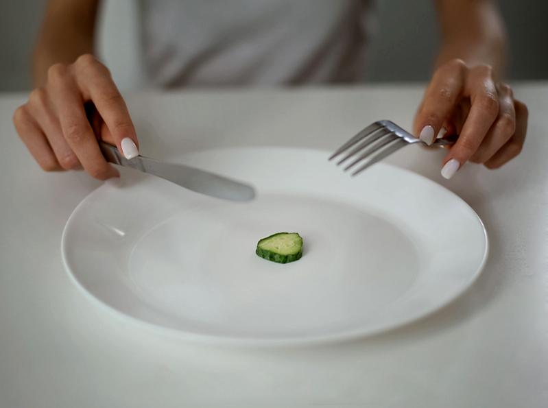 Москвичам расскажут, как бороться с булимией и анорексией