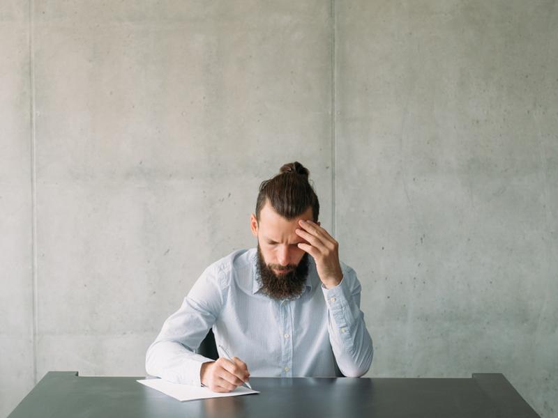 Томские ученые исследуют связь между восприятием информации и риском суицида