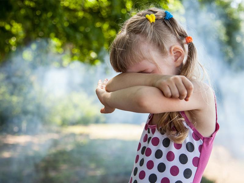 В Минздраве рассказали об опасности табачного дыма для детских глаз