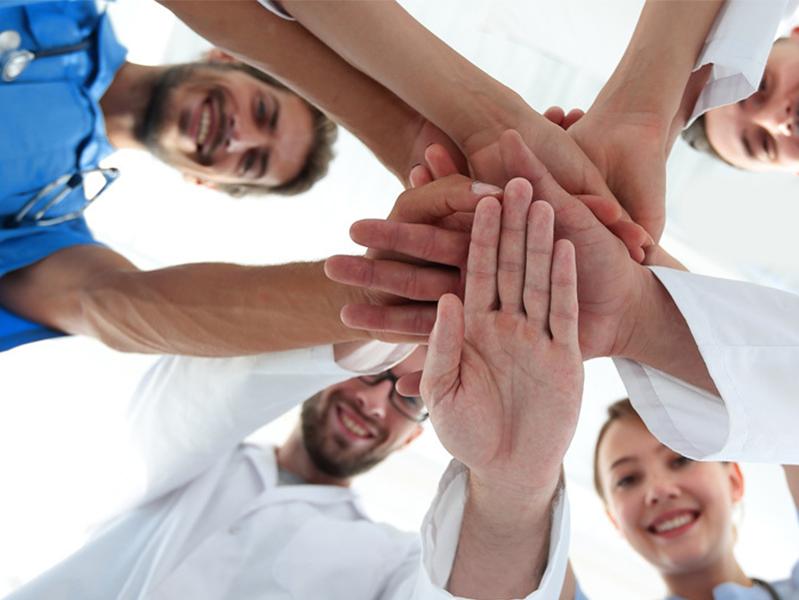 Число добровольцев, продвигающих Заботу о Здоровье, растет