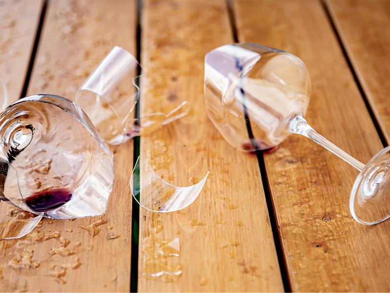 За девять месяцев 2019 года в России выросла смертность от случайного отравления алкоголем
