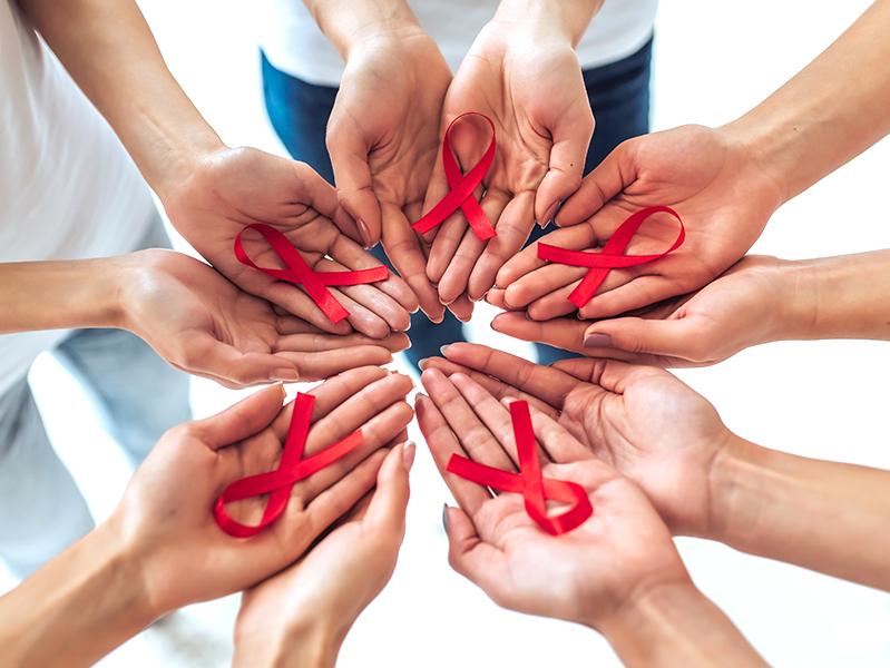 Роспотребнадзор: Тема ВИЧ-инфекции и методов ее профилактики является востребованной у россиян