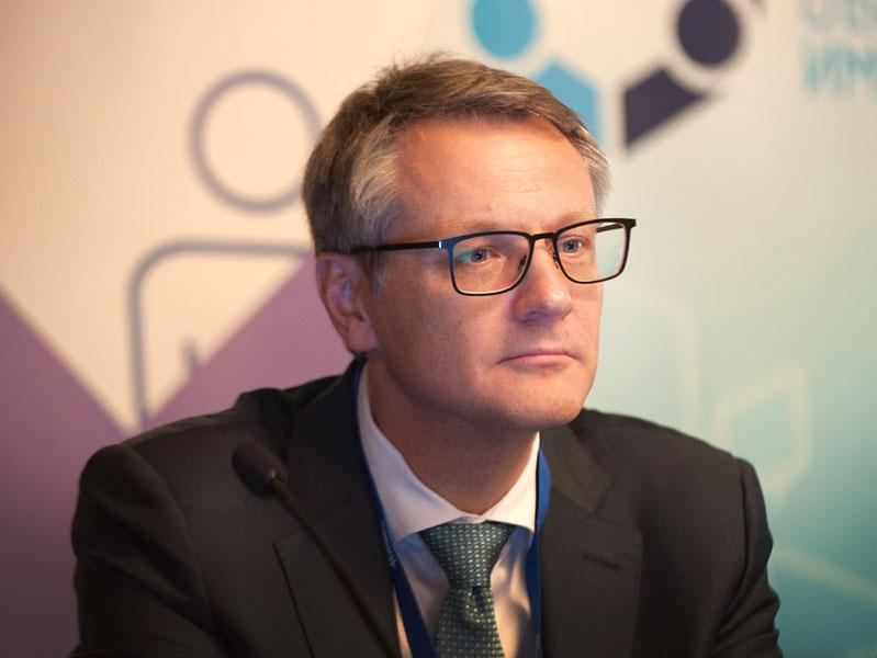 Выступление председателя совета директоров ГК «ОМС» Павла Богомолова