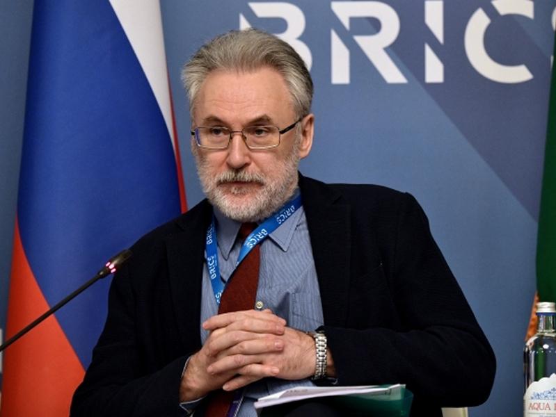 Даниил Александров: «Главный урон от пандемии – рост недоверия»