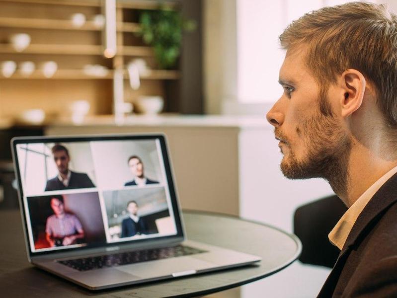 100 часов онлайн-фокус групп: методические итоги