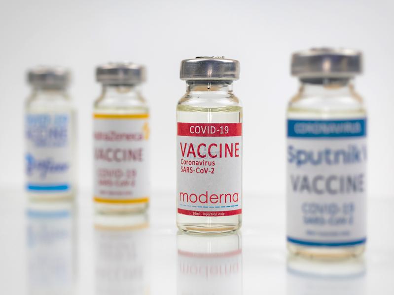 Битва импортных вакцин: что известно на сегодняшний день