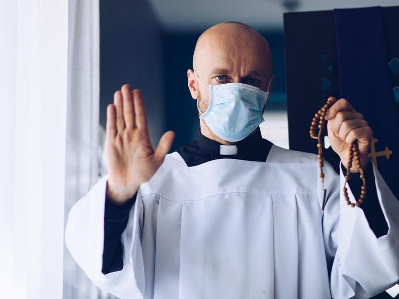 Религиозная жизнь и пандемия. Год спустя